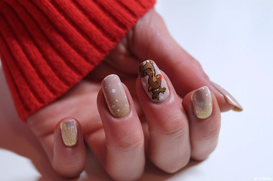Christmas nails - The Red Nose Reindeer