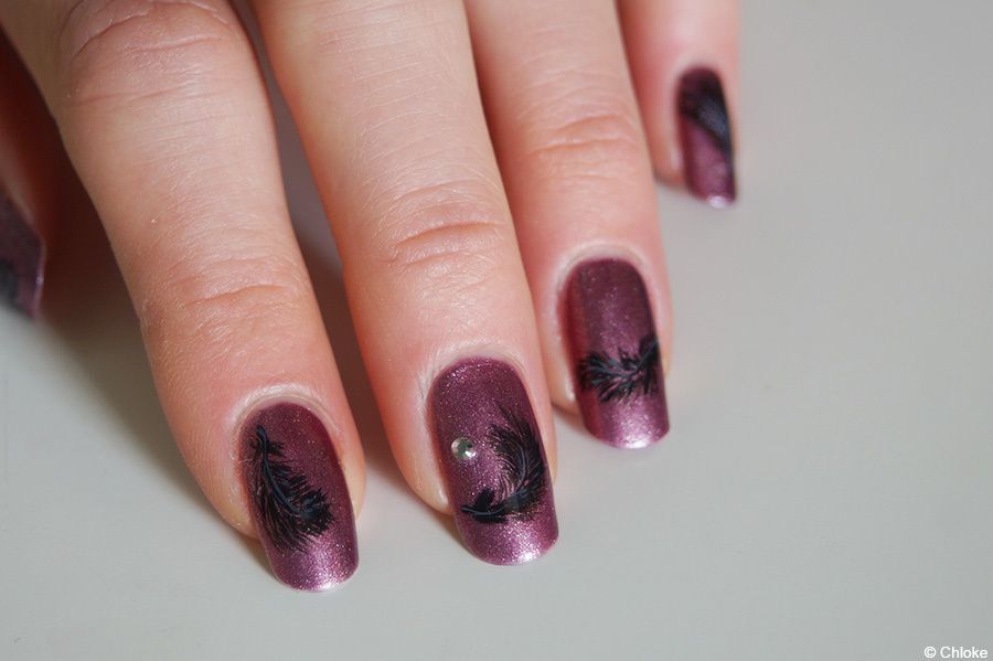 Dark feather - Nail art