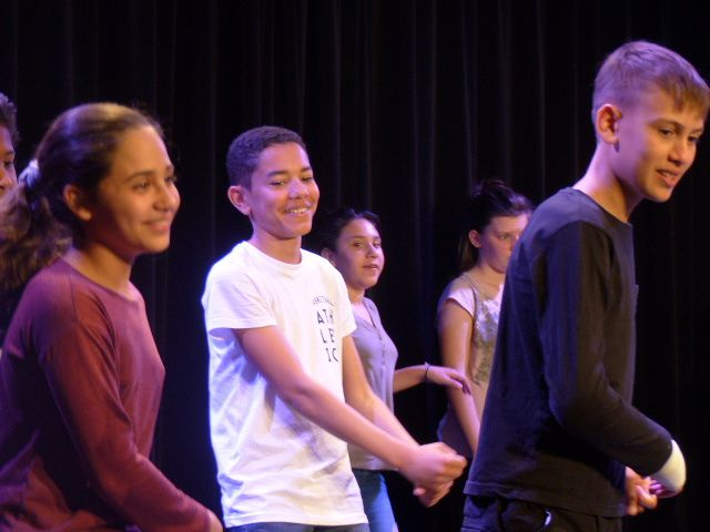 Les 6E en répétition au centre culturel