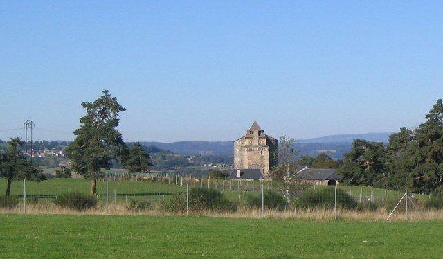 Au bord de la route, Lair----------Le Château de Pompignac.