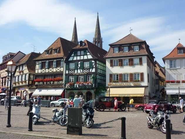 Obernai, très apprécié pour ses belles maisons à colombages, situé sur la route des vins d'Alsace