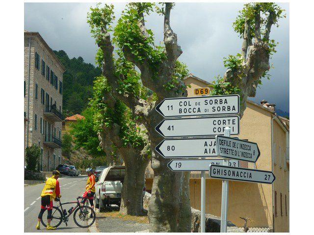 Direction, le col de Sorba, 11km pour grimper à 1311m . Corte est à 41 km.....