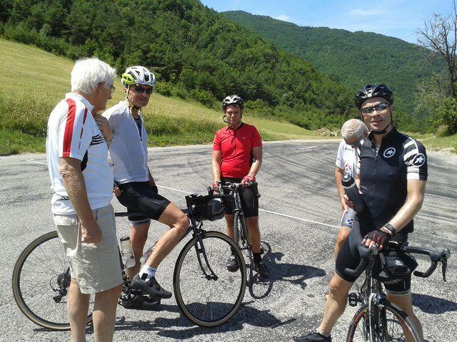 Et puis des cyclistes suisses....