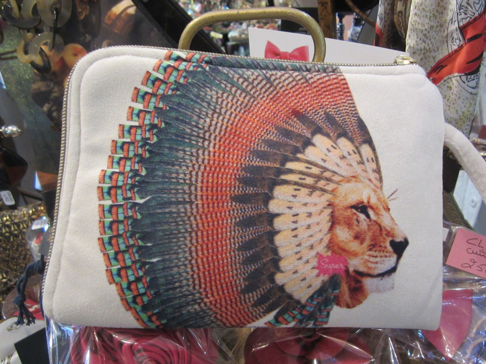 TROUSSE Collection LION PLUMES