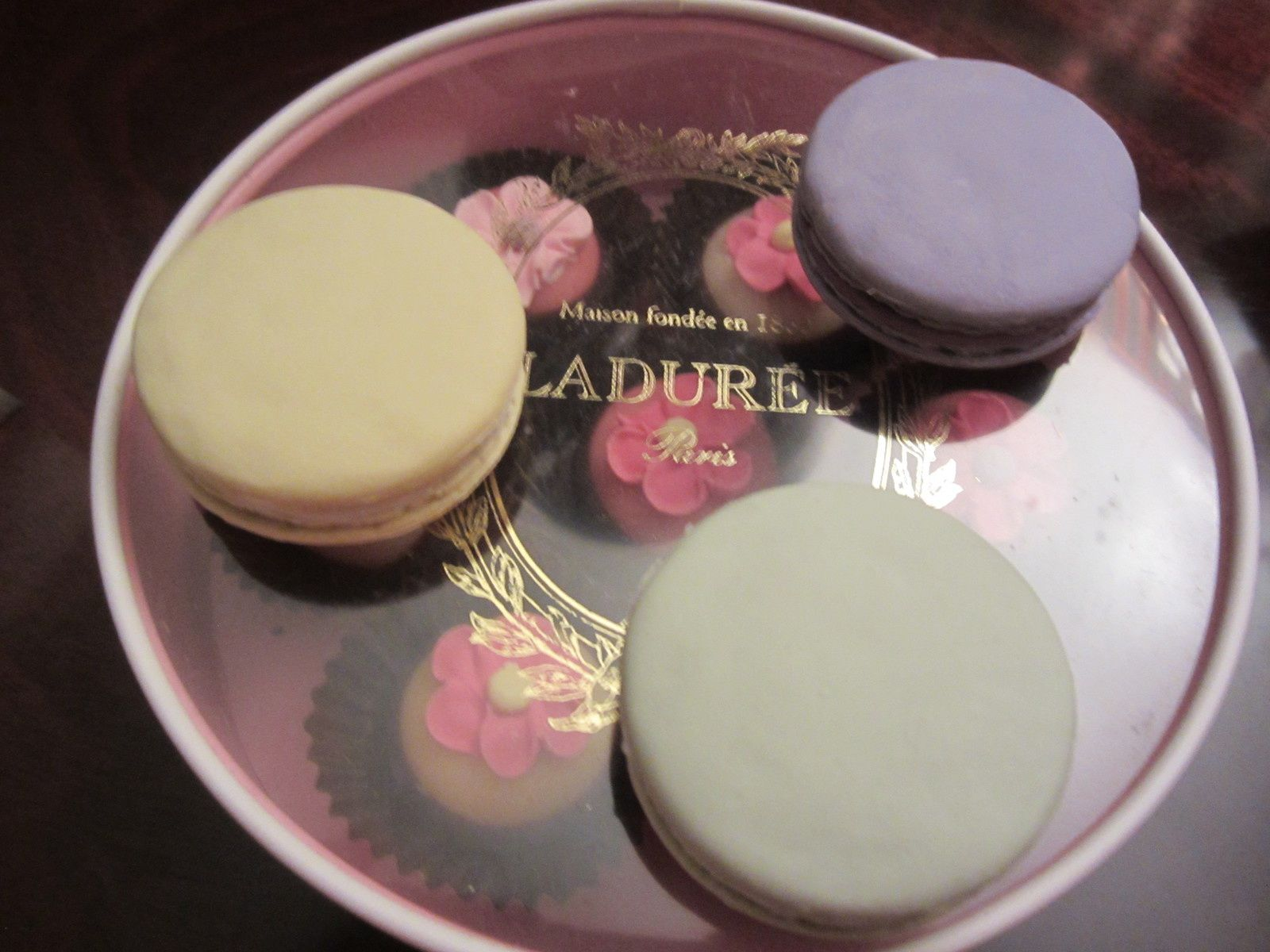 GOMMES MACARON Les Secrets LADUREE par MARK'S