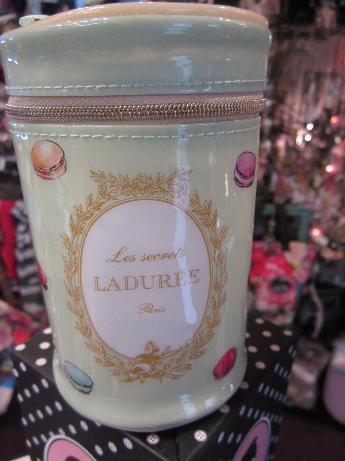 POCHETTE Collection MACARONS LES SECRETS LADUREE