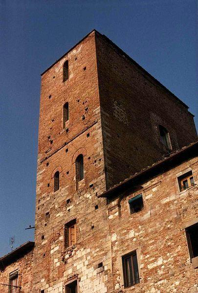 La torre di Arnolfo di Cambio