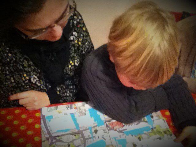 Chut les enfants lisent #93 - Les villes du monde éditions Usborne
