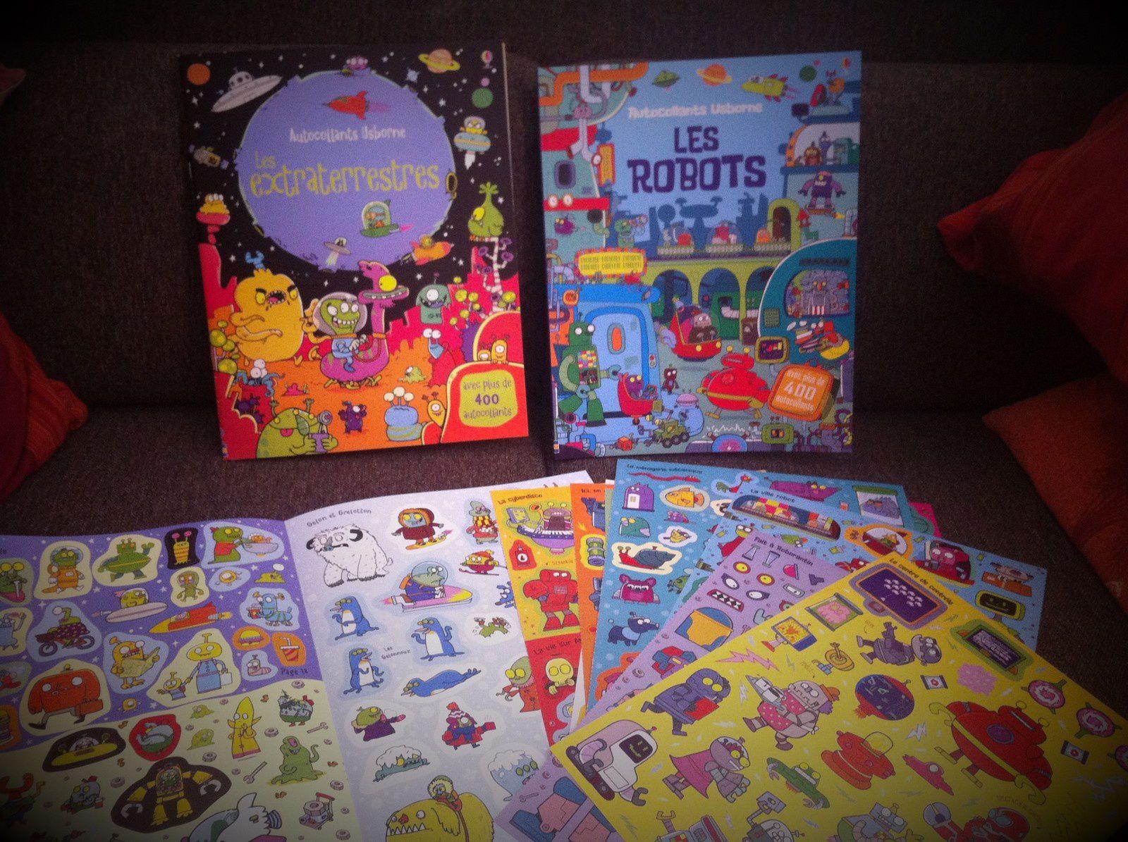 Livre d'activité pour les vacances : les livres autocollants Usborne