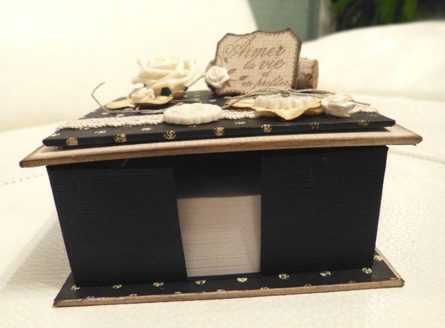 Une petite boîte à Post-it