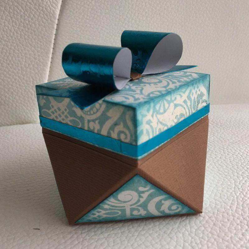 Une petite boîte cadeau