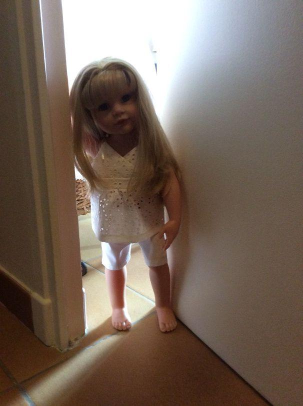 Petit lit en rotin pour poupée