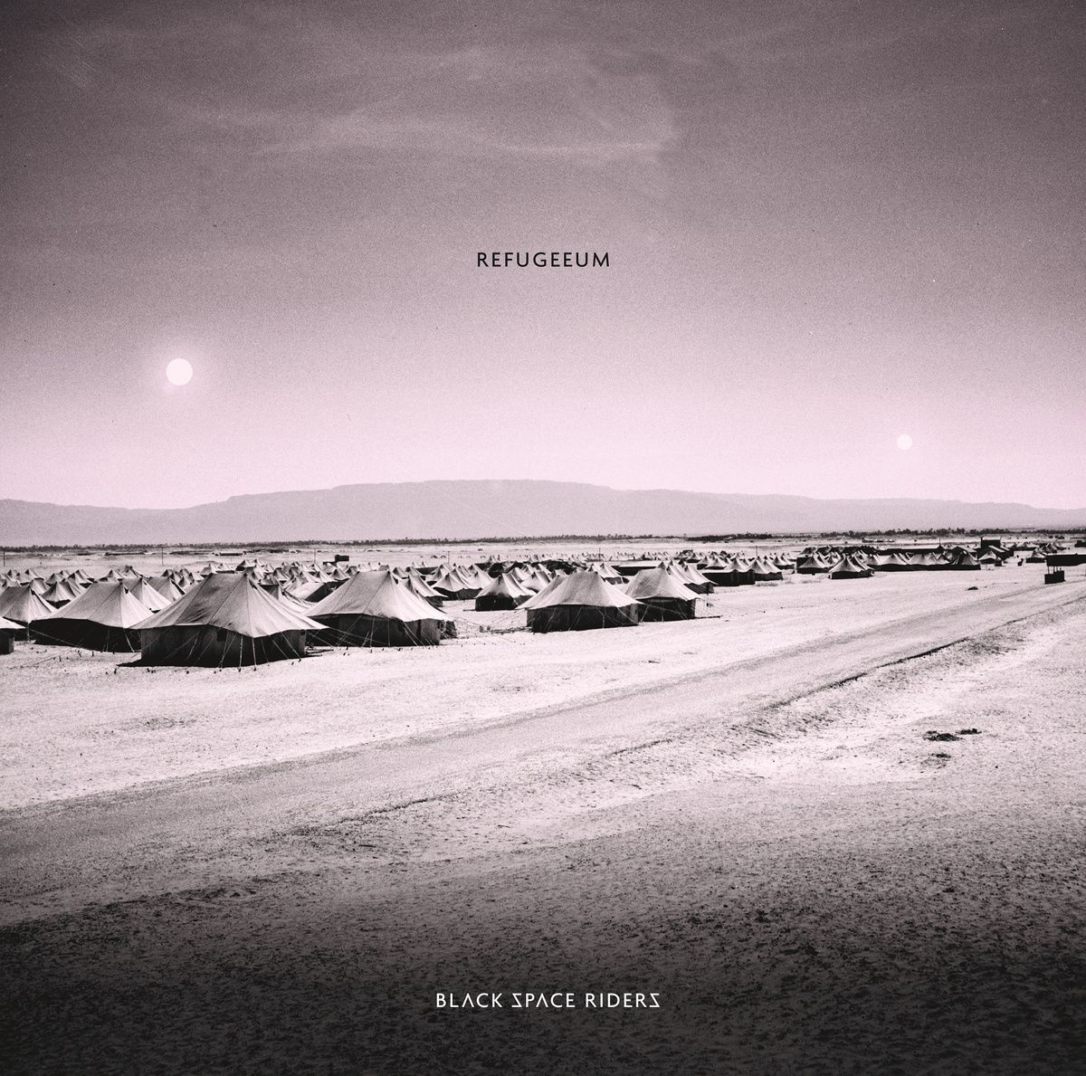 BLACK SPACE RIDERS - Refugeeum (2015)
