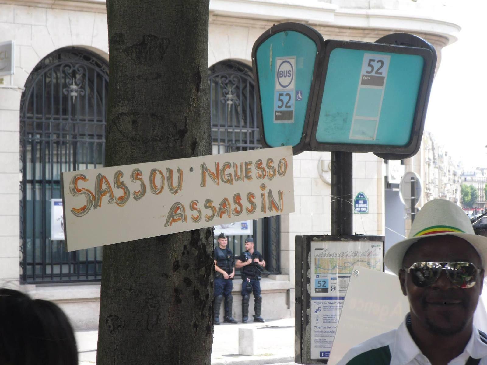 Rencontre hollande sassou nguesso