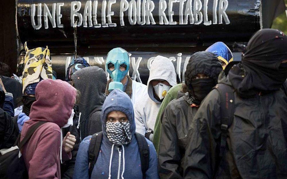 #police #répression #ToutLeMondeDétesteLaPolice #ViolencePolicière #FlashBall #Flics #Acab #ViveLaRévolte #DésarmonsLaPolice #SaintEtienne