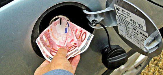 Hausse du prix du gazole au 1er janvier 2015: le patronat routier exonéré