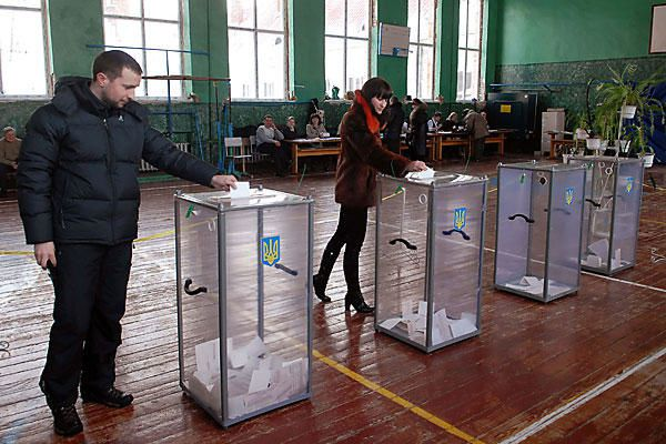 Elections législatives en Ukraine: 48% d'abstention et de la corruption