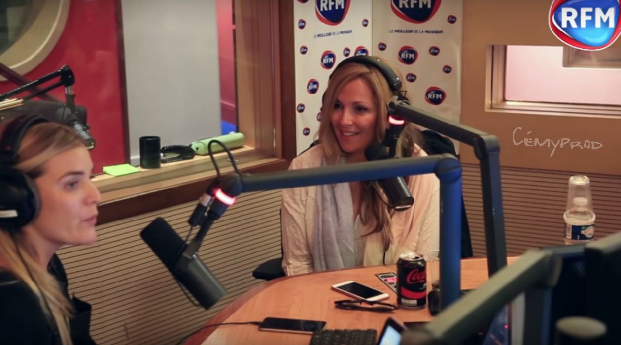 Hélène Ségara en interview et en chat sur RFM