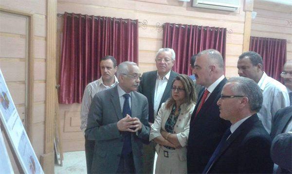 Tunisie : le ministre de l'Industrie en visite de terrain à Ben Arous