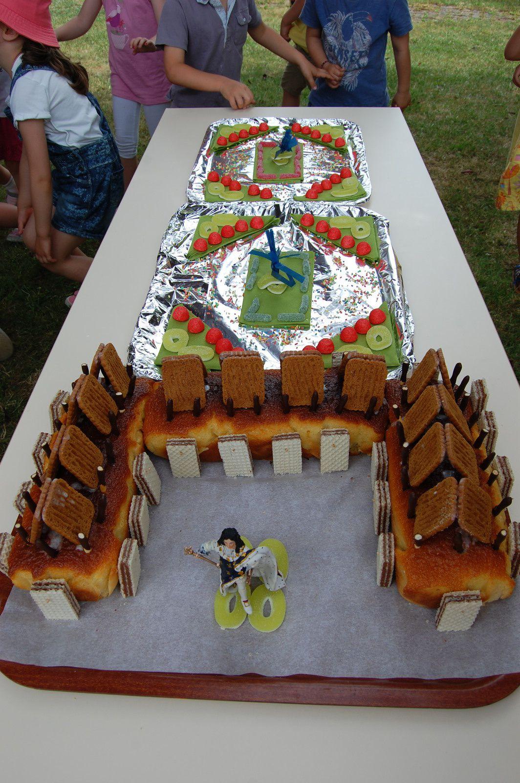 Les gâteaux &quot&#x3B;château de Versailles&quot&#x3B; des grands.