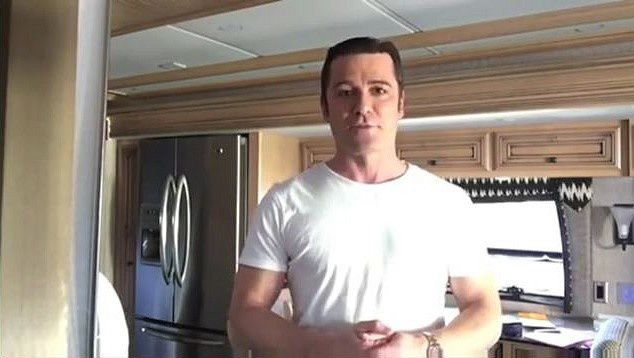 Yannick Bisson sur Frequency