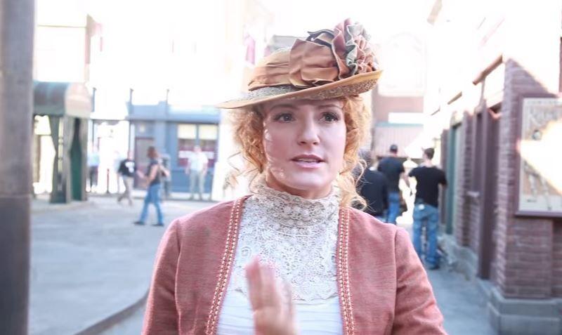 Hélène Joy parle de son rôle en saison 7 de Murdoch Mysteries