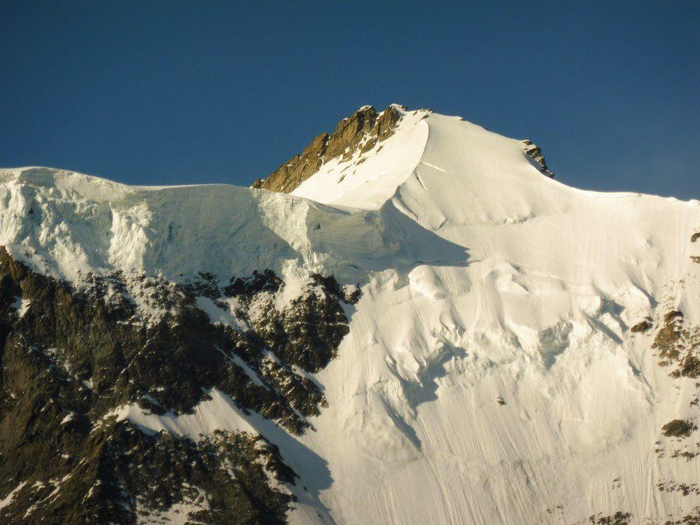 Alpinisme : Schreckhorn 4078 m  - Lauteraarhorn 4042 m