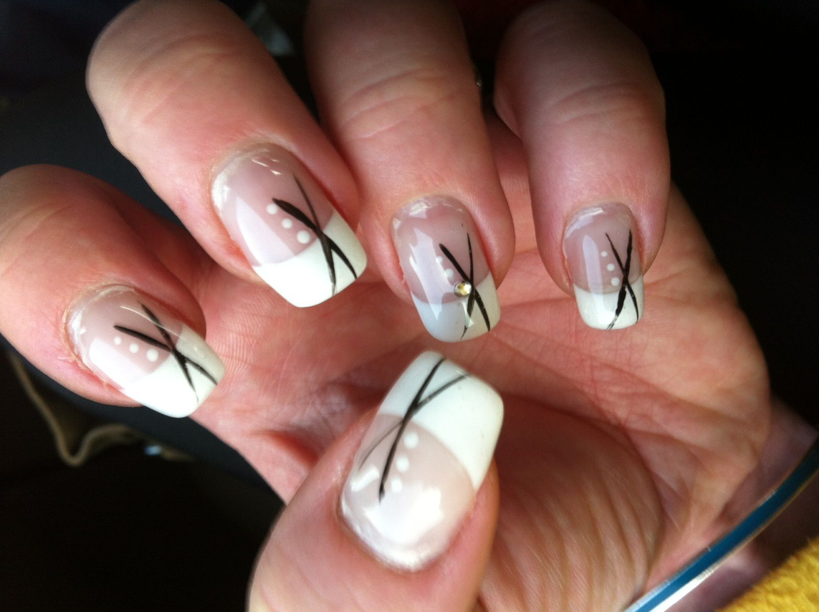 Art Avec Un Stickers Nail Patch Effet Dentelle in addition Les Ongles ...