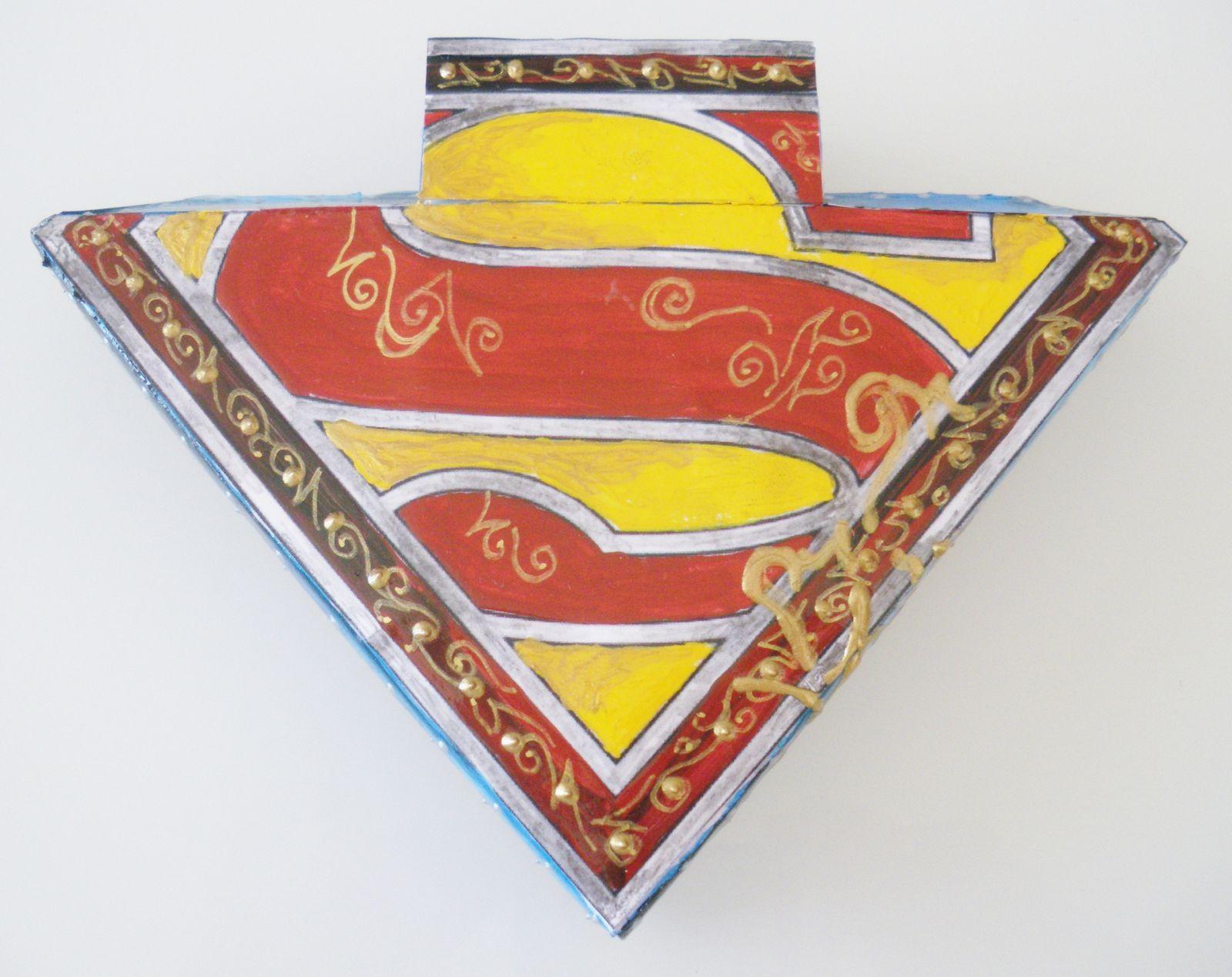 Superman ( Boîte Papercraft )
