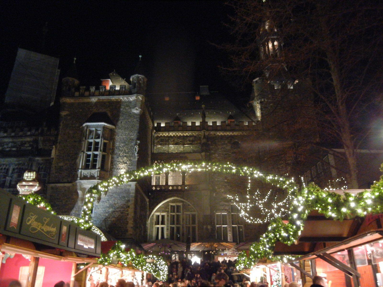 Vue d'Aachen avec la cathedrale