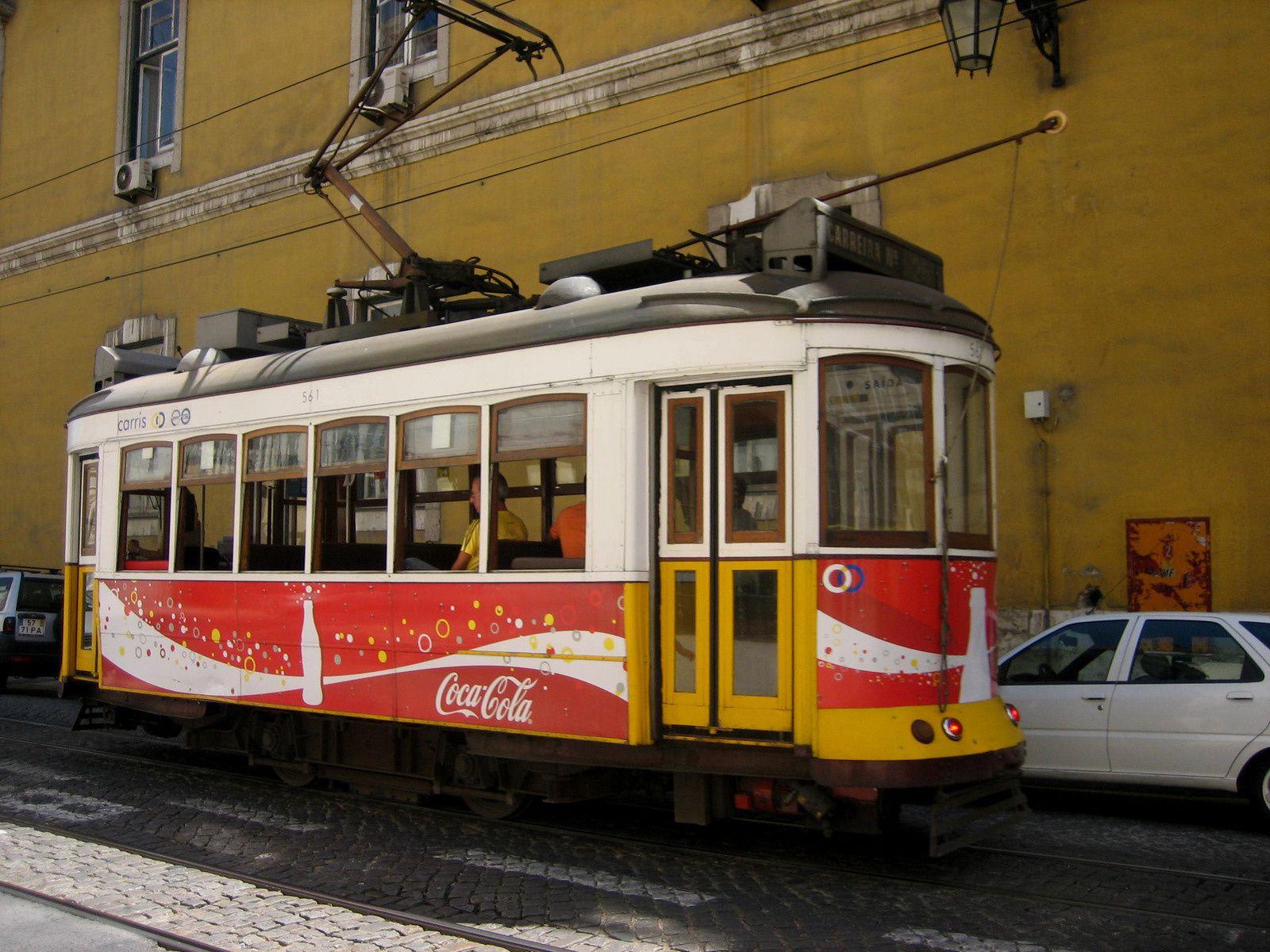 1-Tram / 2- Praça do comercio / 3- elevador permet d'accéder aux hauteurs du quartier de Santa Justa