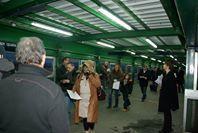 Distribution de tracts à la gare de VdR