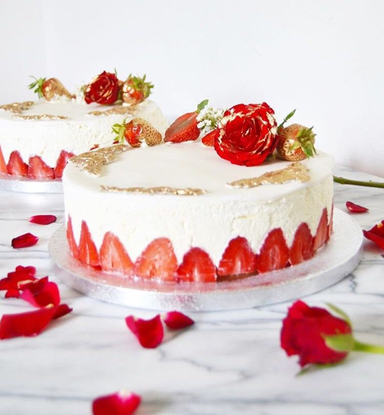 Wedding Cake façon Layer Cake Doré &amp&#x3B; Rouge