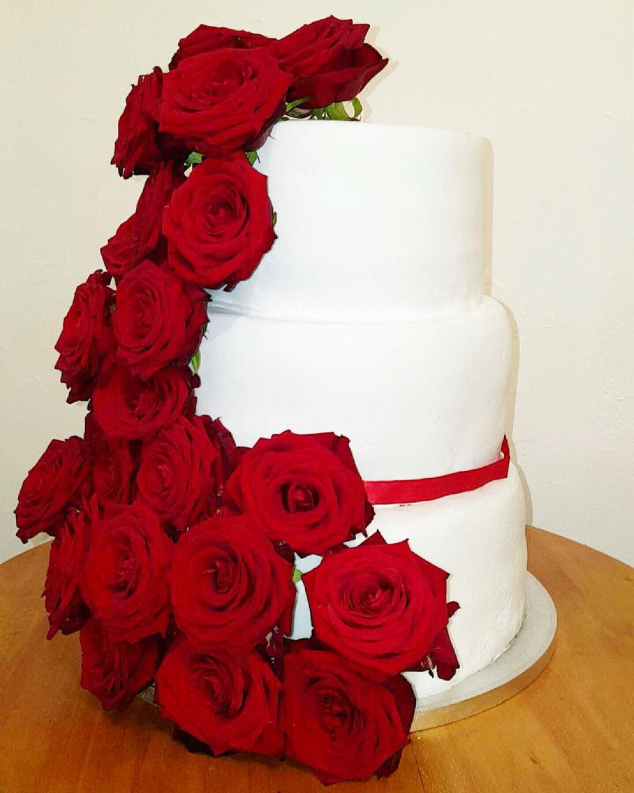 Wedding Cake for the Romantic Wedding