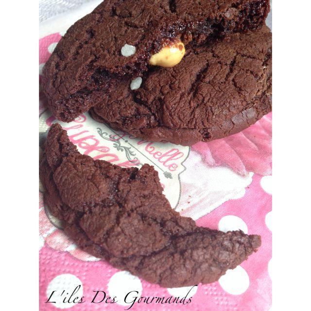 Cookies au Chocolat fourré au nuttela et cacaouete