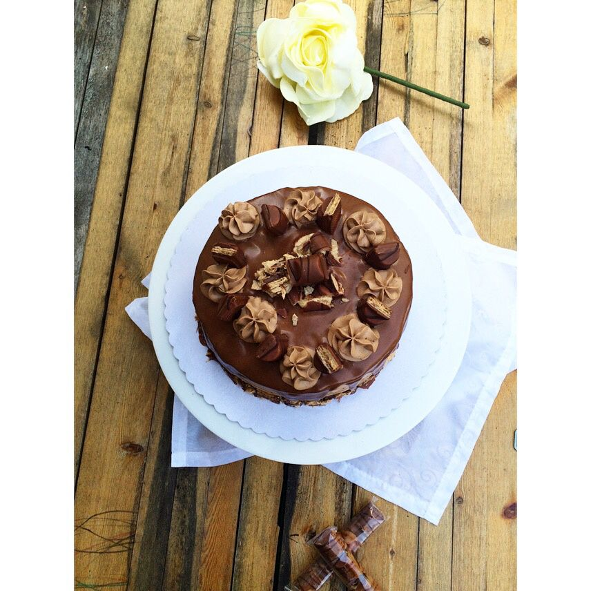 Layer cake - Kinder Bueno -