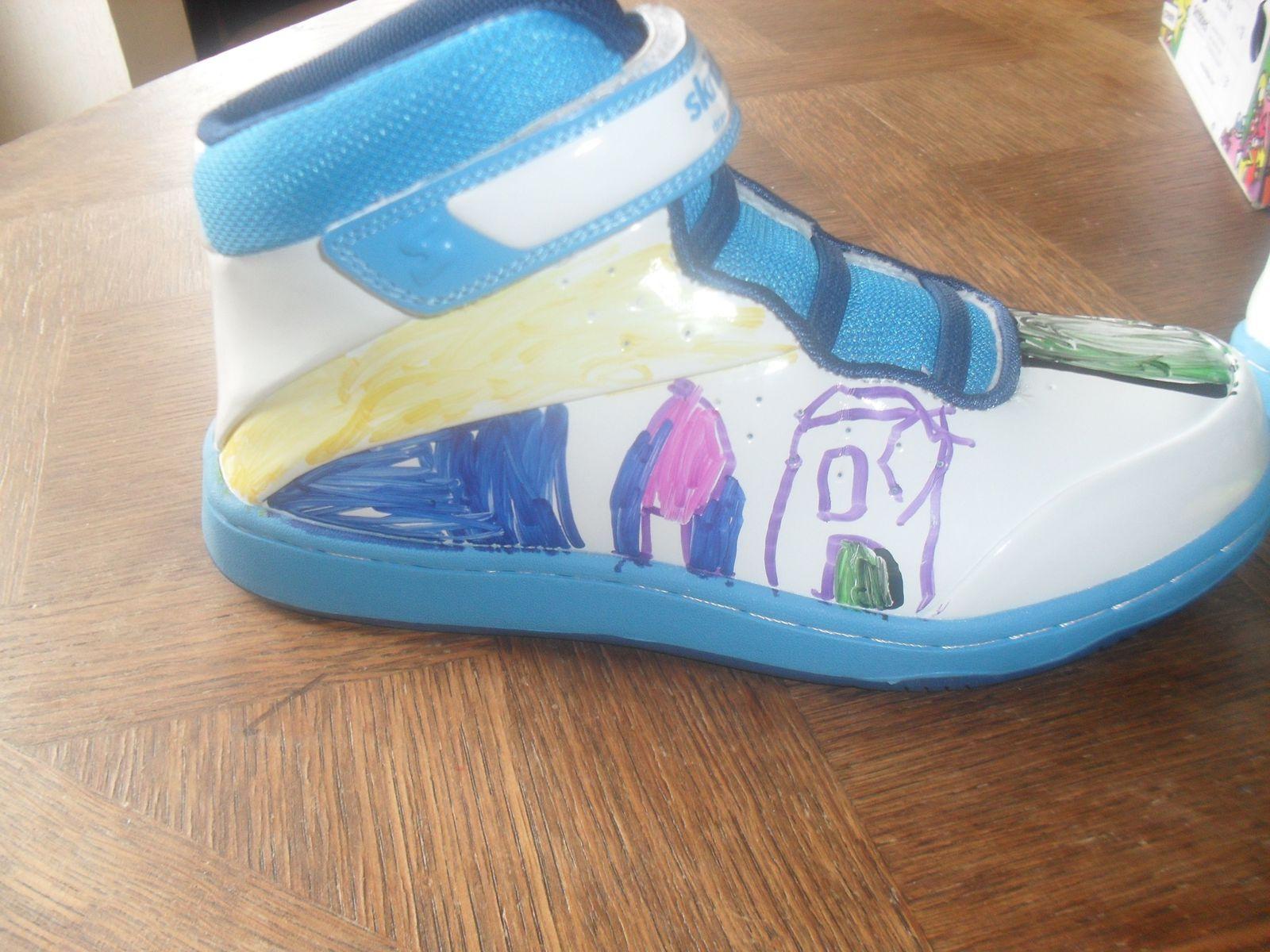 Dessiner sur ses chaussures, c'est possible avec Skribbies