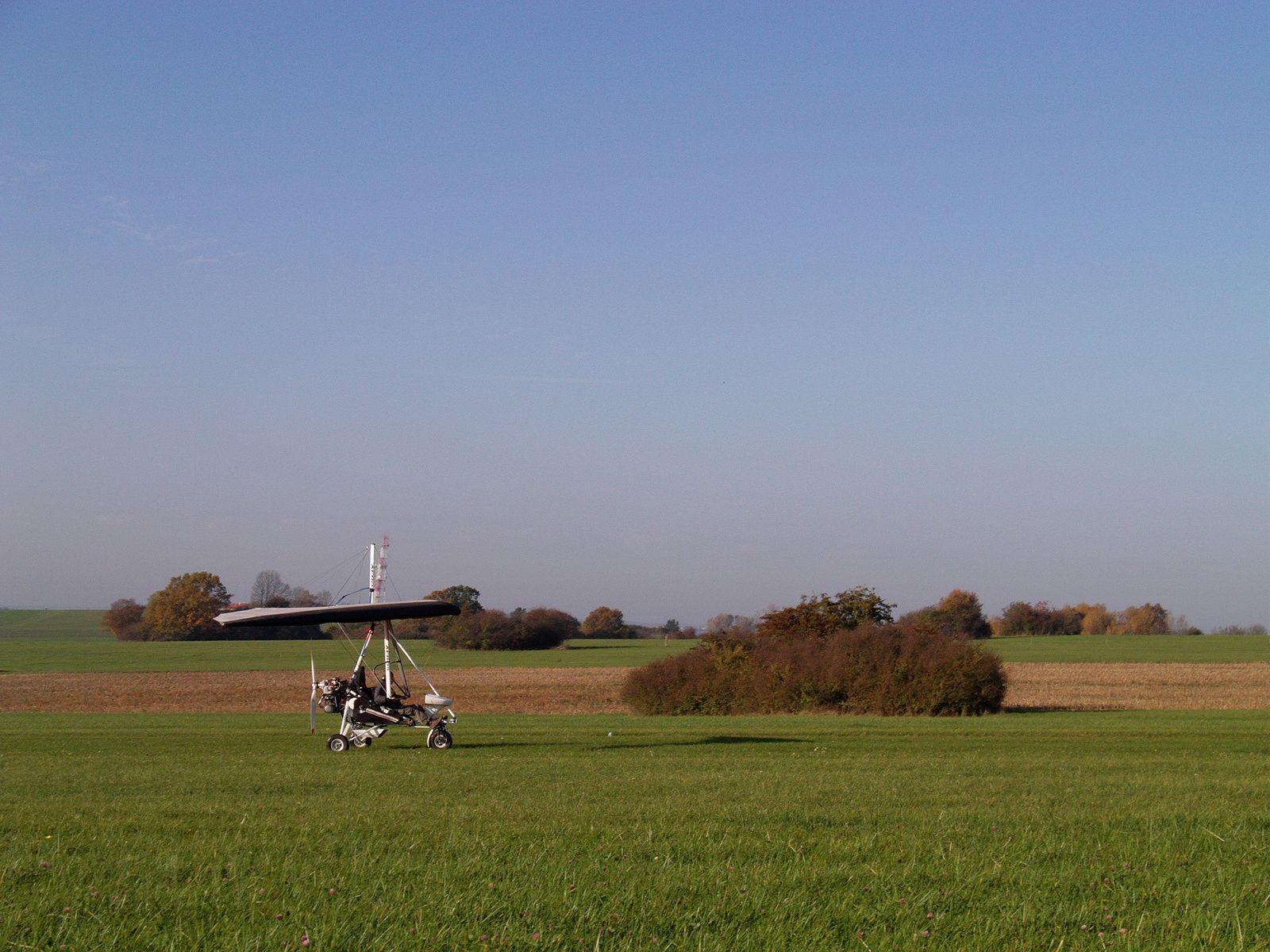 Sylvain progresse bien sur son Aéros. Il fait de beaux tours de piste.