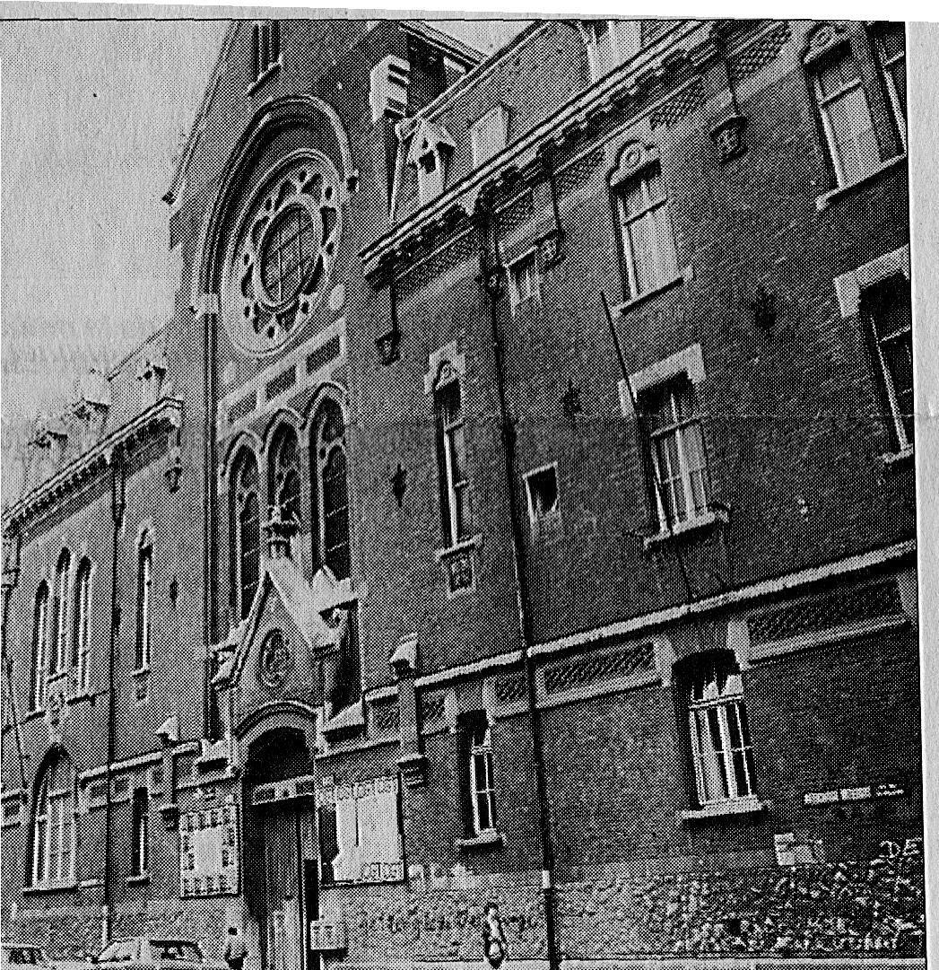 Le couvent des Dominicains de la rue Gambetta. L'institut de Chimie de la rue B. Delespaul