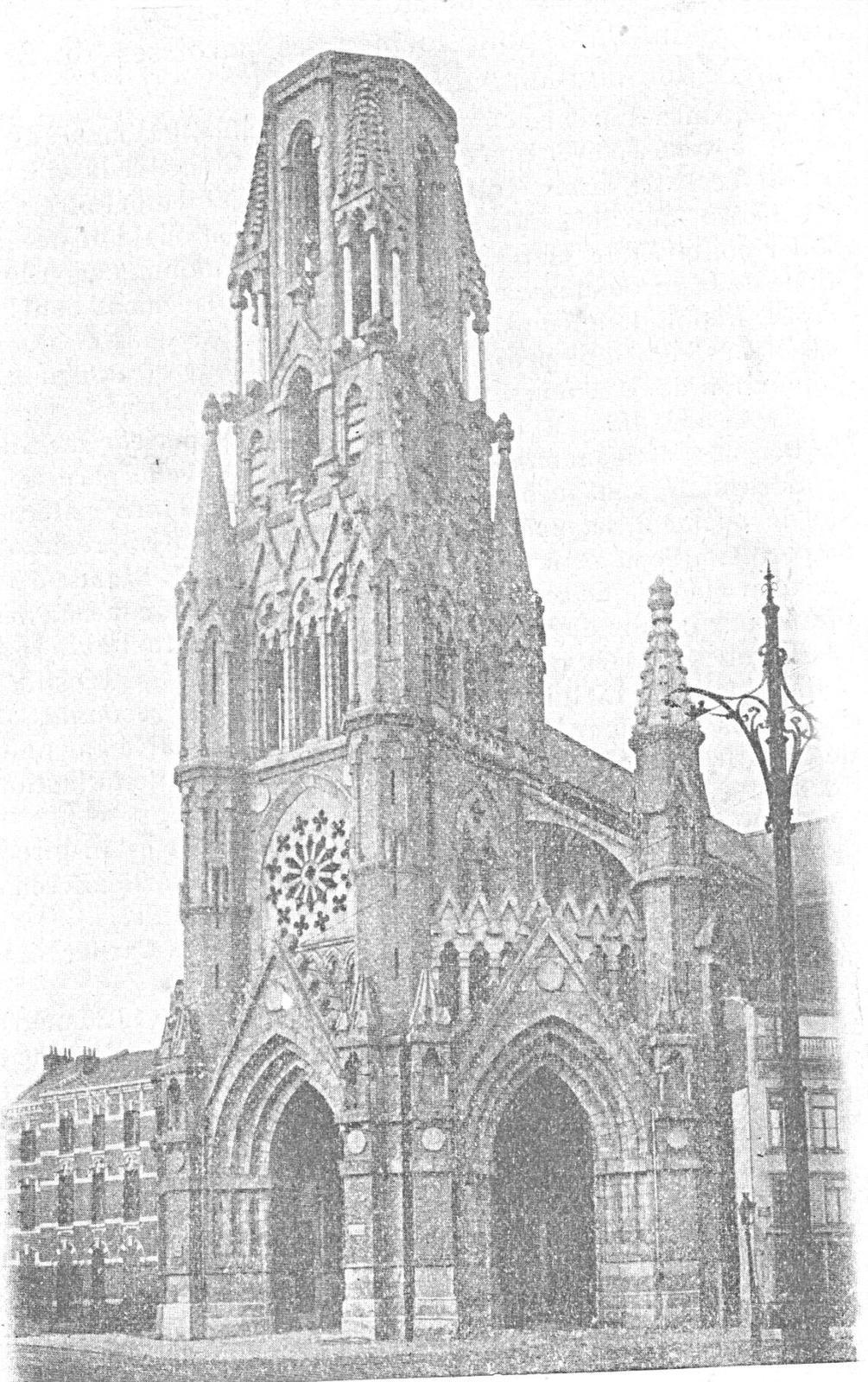 Le clocher aura 75 m de hauteur et portera une statue de 8 m. représentant le Sacré-Coeur.