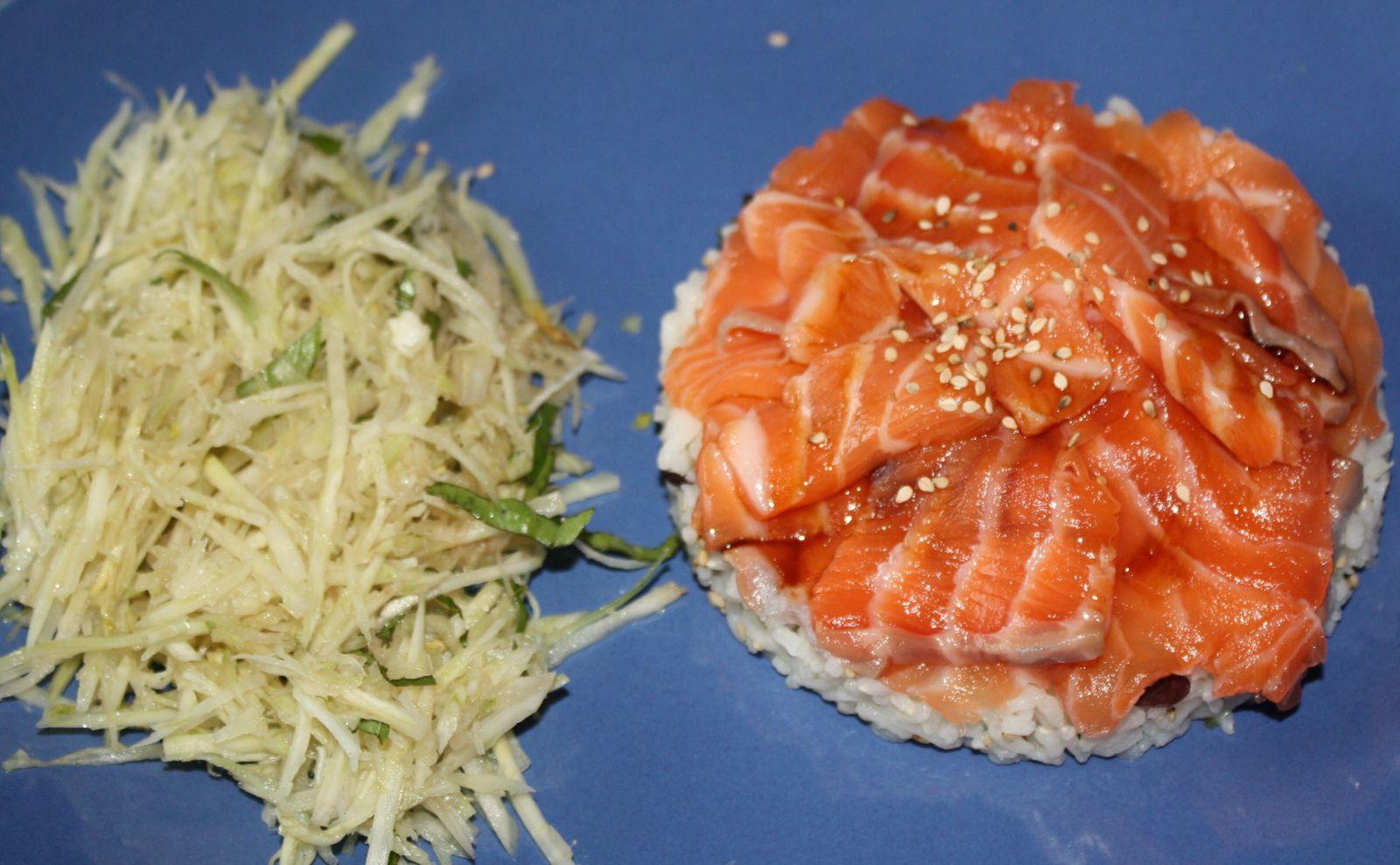 Saumon cru façon chirashi et salade de fenouil au basilic