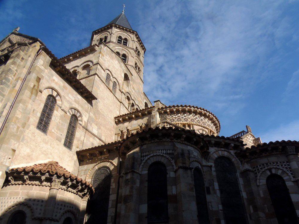 Clermont-Ferrand et le Puy de Dôme avec Châteaumeillant Nature
