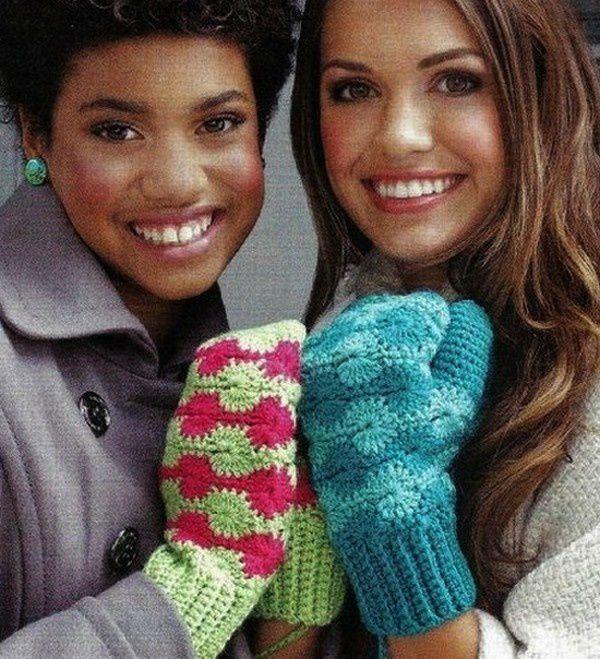 Mitaines , gants , moufles et leurs grilles gratuites !