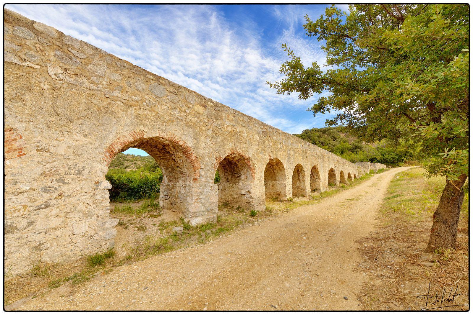 Pont aqueduc d'Ansignan.