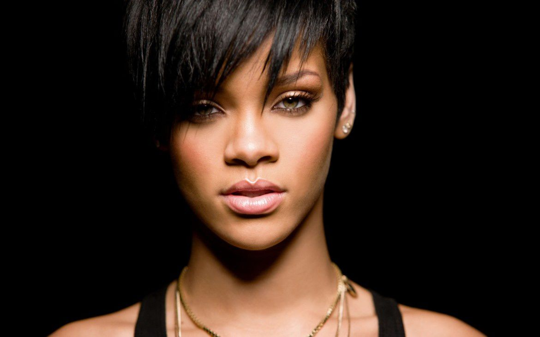 Elle a morflé Rihanna