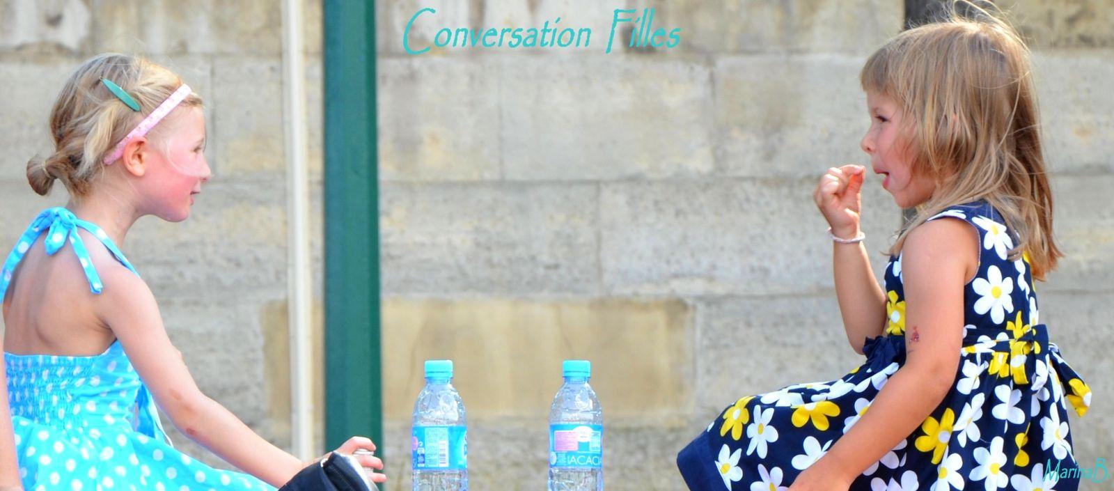 Conversation Filles