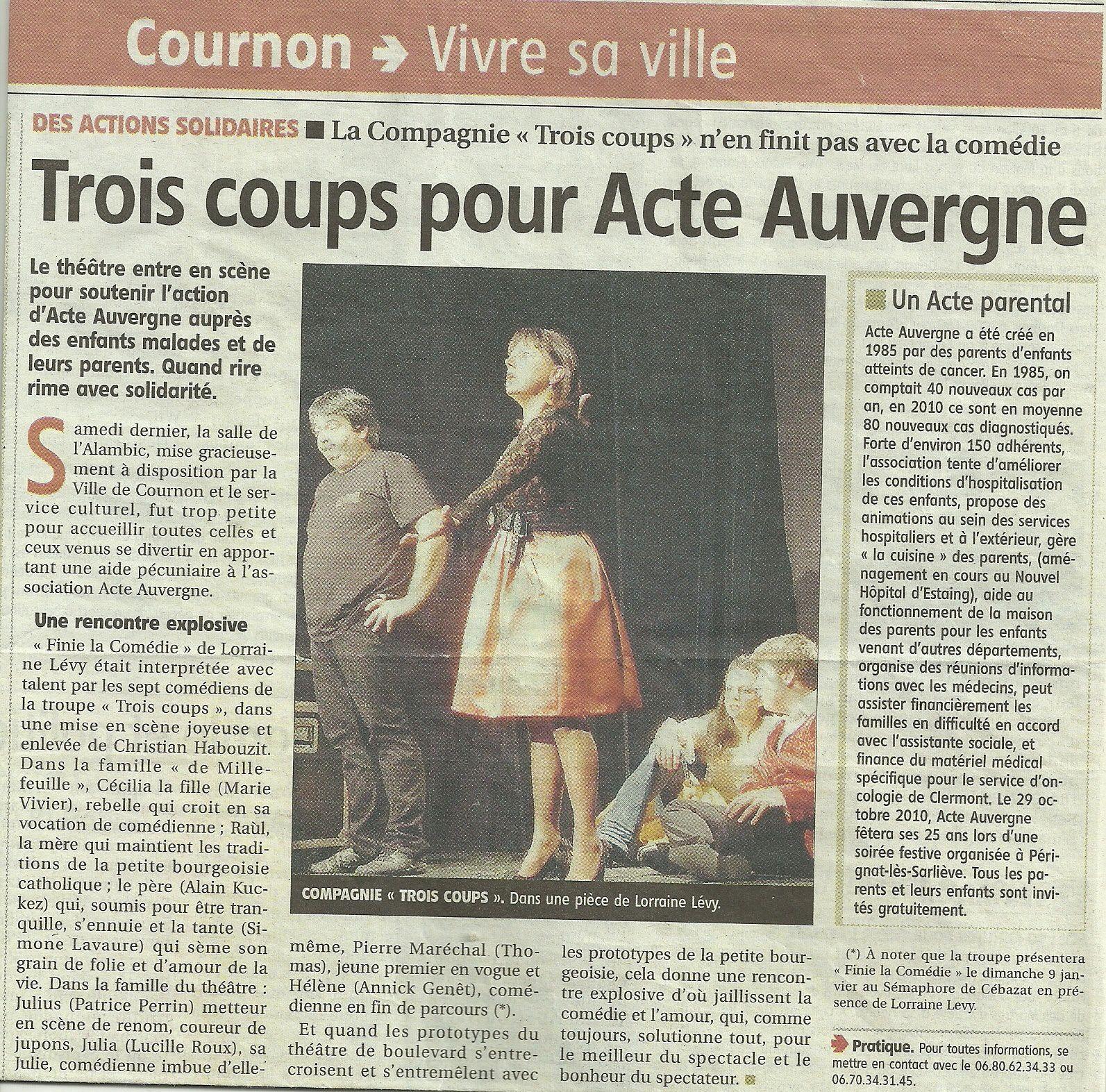 -Finie la comédie- (09/2010) De gauche à droite: Patrice Perrin, Michelle Monnet, Lucile Roux, Thomas Cerralbo