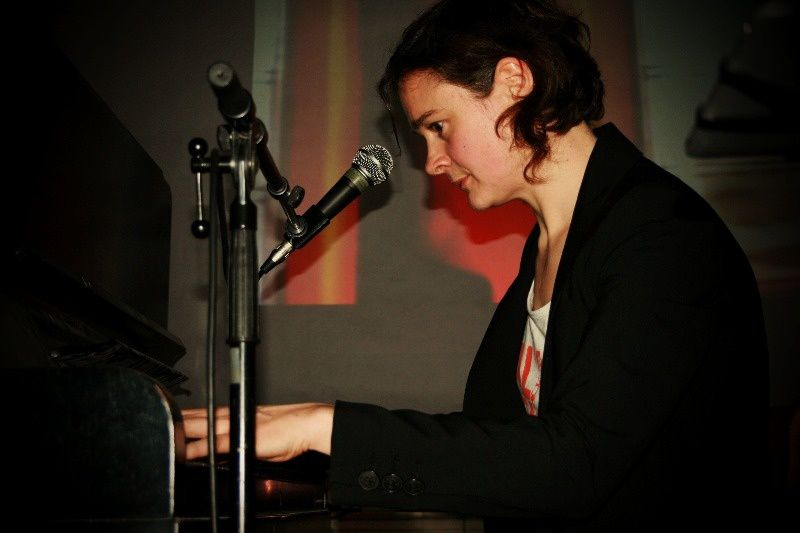 Cloé du Trèfle @ Manoir du Solbosch (Home concert) - 28/02/1014