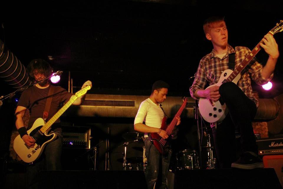 Photos : Bearfoot Beware (UK) + Envoys (UK) @ Rock Classic - 11/04/2014