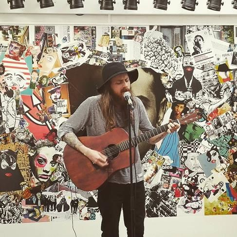 ▶ Second Hand poet (UK) @ Taille 33 record store - 06/08/2016